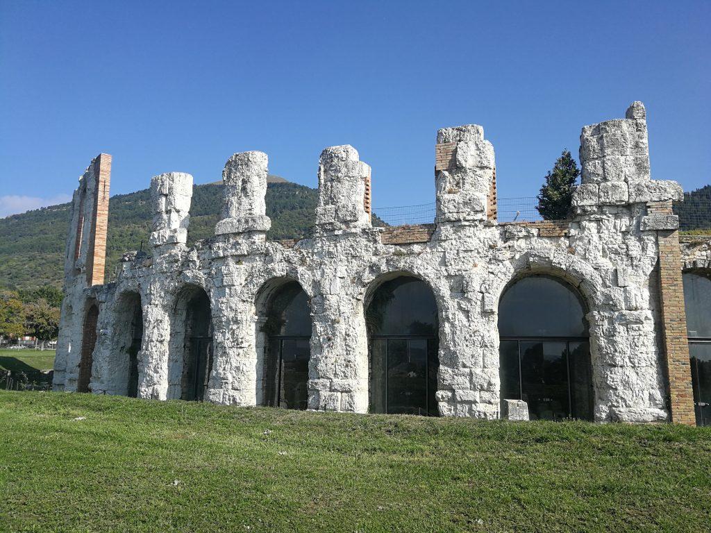 Arena-romana-Gubbio