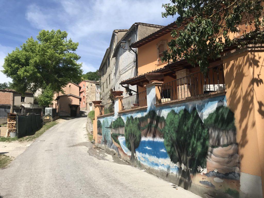 Braccano, il paese dei murales