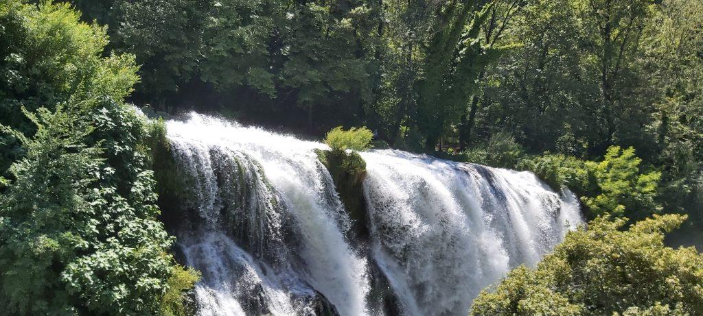 visitare cascata umbria