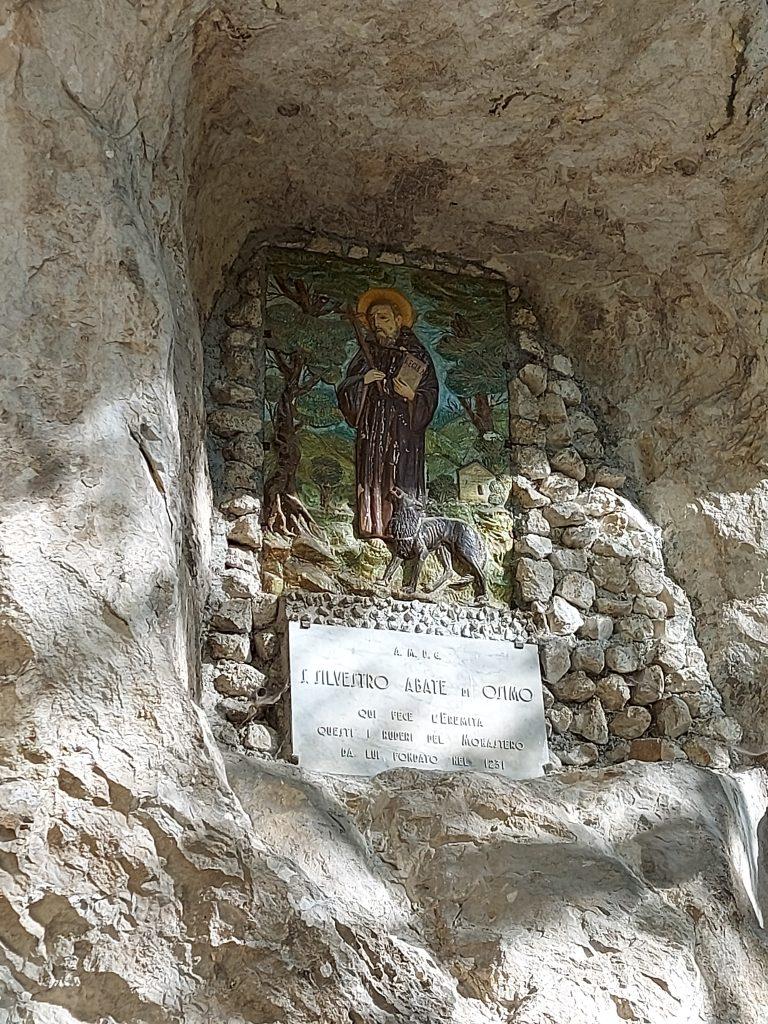 santo eremita grotta fucile