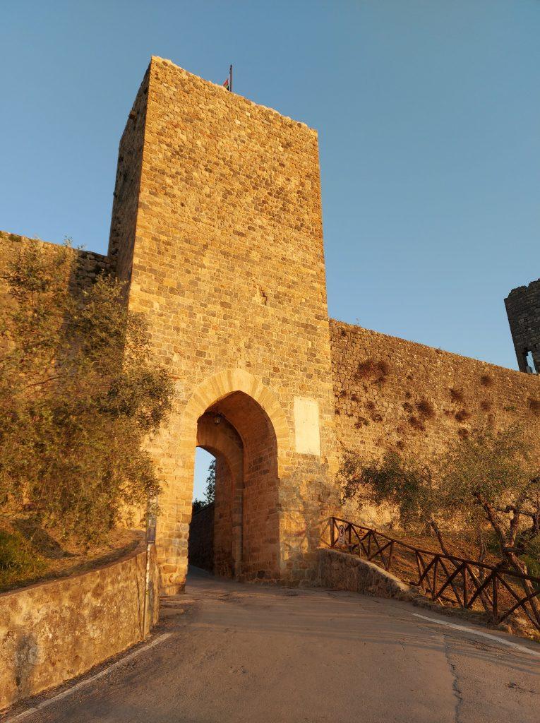 monteriggioni castello