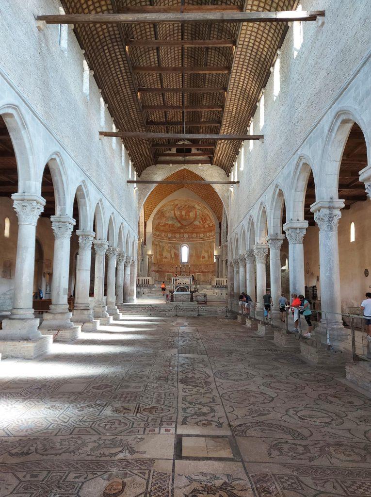 basilica mosaici aquileia